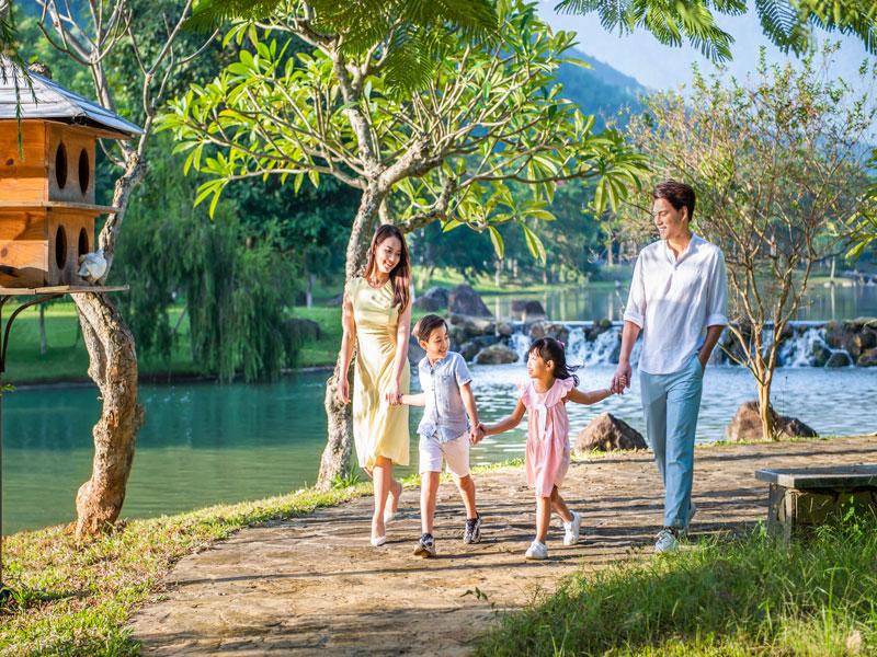 Biệt thự sinh thái Xanh Villas - Đường dạo ven suối