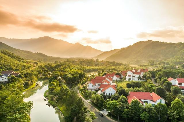 Khu đô thị Xanh Villas tọa lạc tại trung tâm vùng đô thị sinh thái Hòa Lạc thuộc địa bàn Tiến Xuân - Thạch Thất - Hà Nội