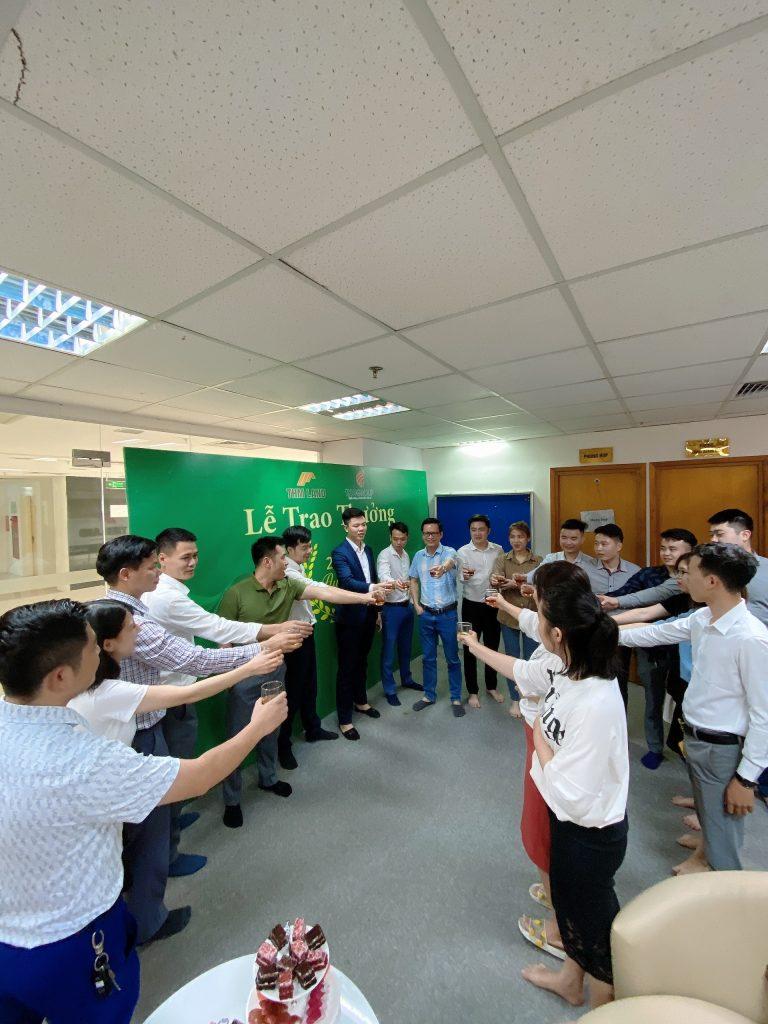 THM Land - Chúc mừng Top Sales có thành tích xuất sắc