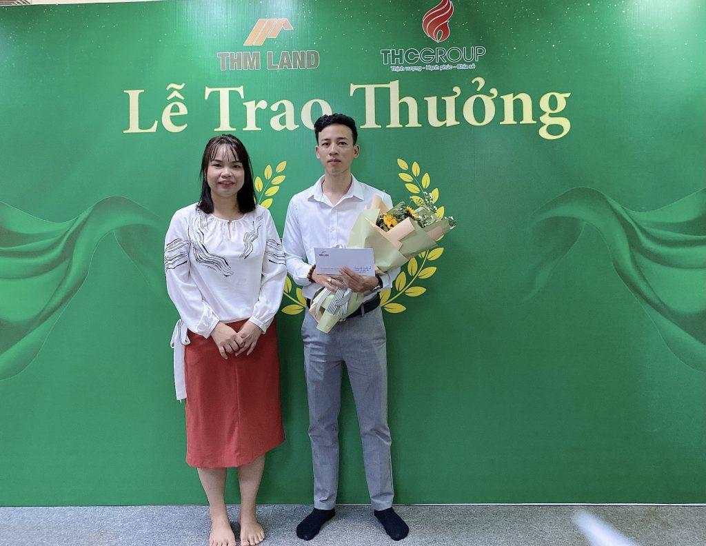 THM Land - Trao thưởng Sales có thành tích xuất sắc