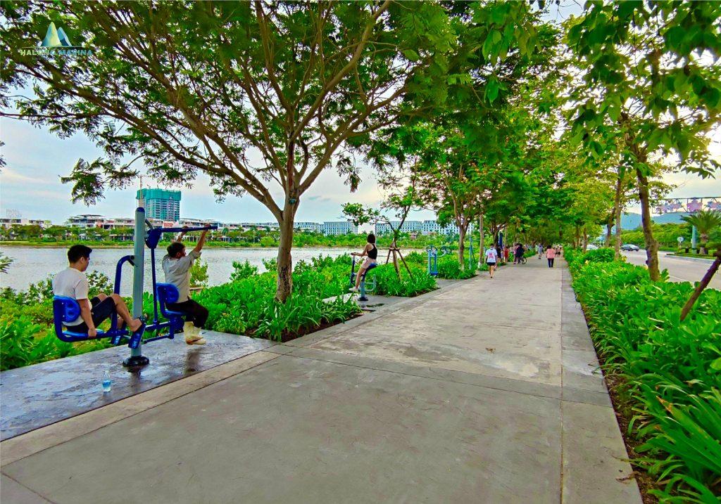 Hình ảnh mỗi chiều cư dân tập thể dục trong khu Hạ Long Marina