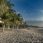 Mặt tiền biển tác động thế nào đến giá trị bất động sản?