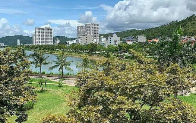 Mảng xanh bao trùm khu đô thị - du lịch Halong Marina (Ảnh: BIM Land).